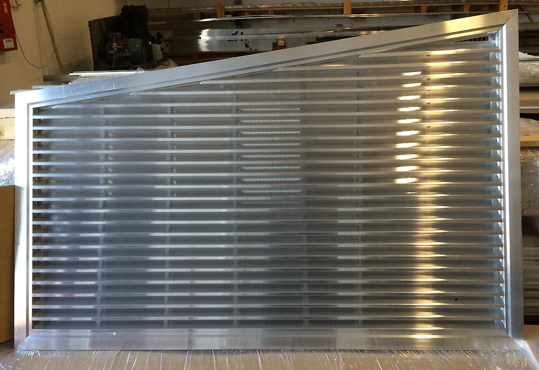 Les r alisations technomat sp cialiste des grilles de ventilation et grilles d 39 habillage aluminium - Grille de ventilation aluminium ...